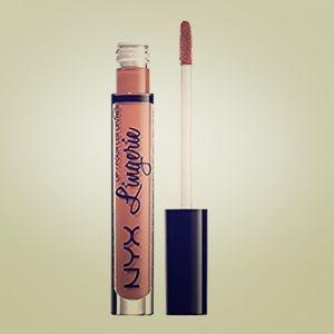NYX Matte Liquid Lipstick color ~ruffle trim~